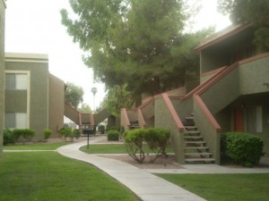 apartments near phoenix: covina